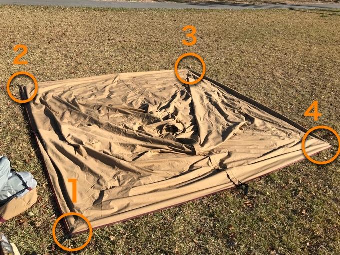 パンダTC テントを広げる