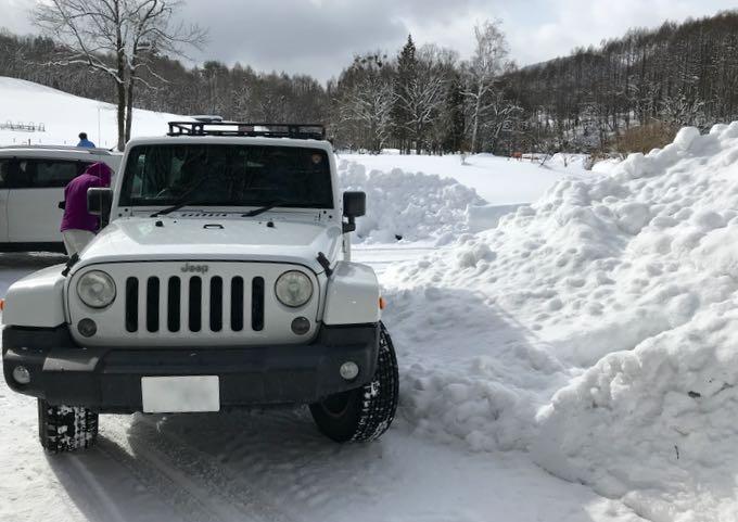 雪のジープラングラー