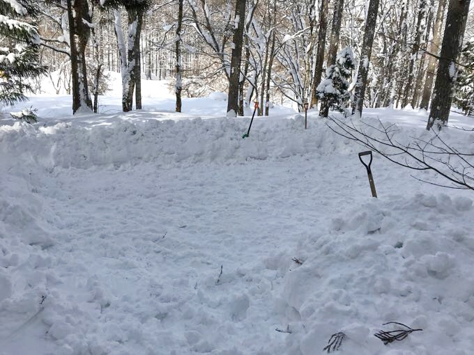 雪中キャンプ 踏み固め