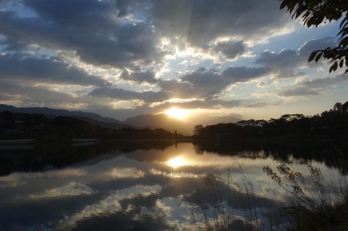 椛の湖の日の出