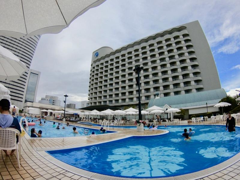 神戸ポートピアホテル プール