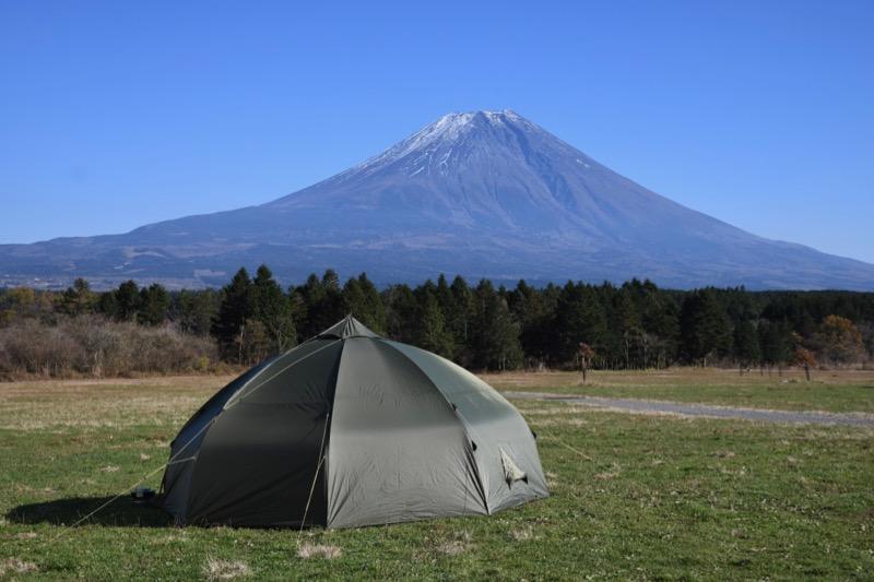 富士山とバランゲルドーム