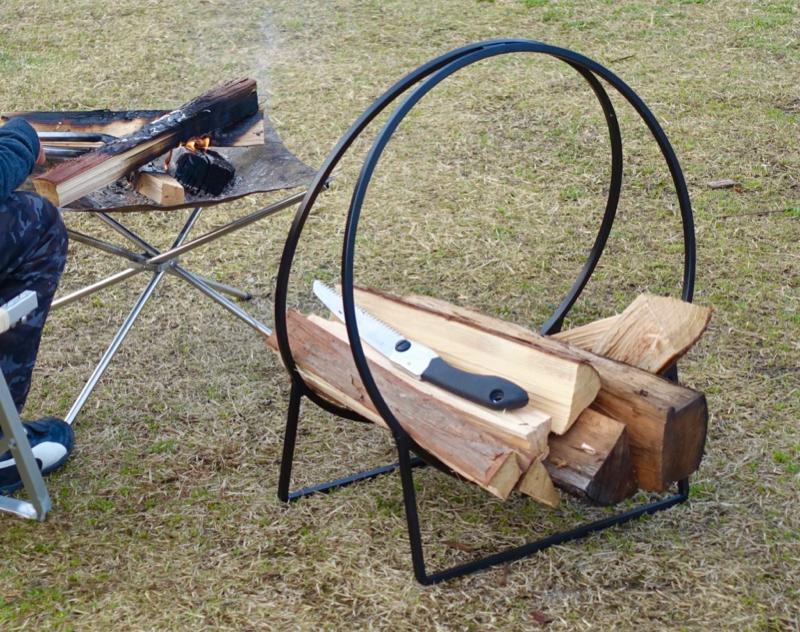 薪置き ログフープ