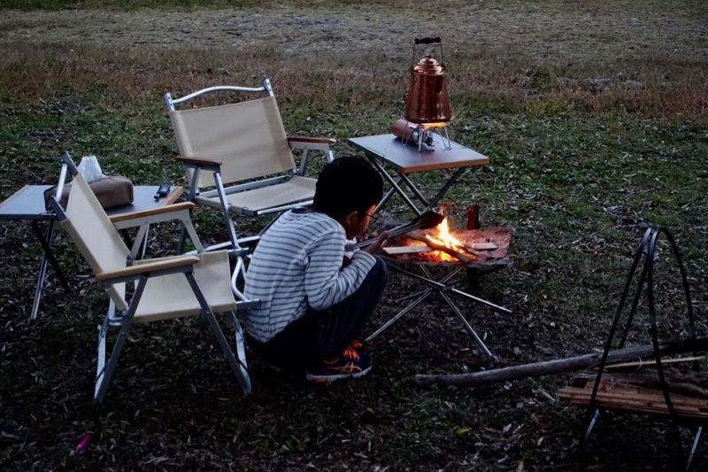 焚き火テーブル 焚き火