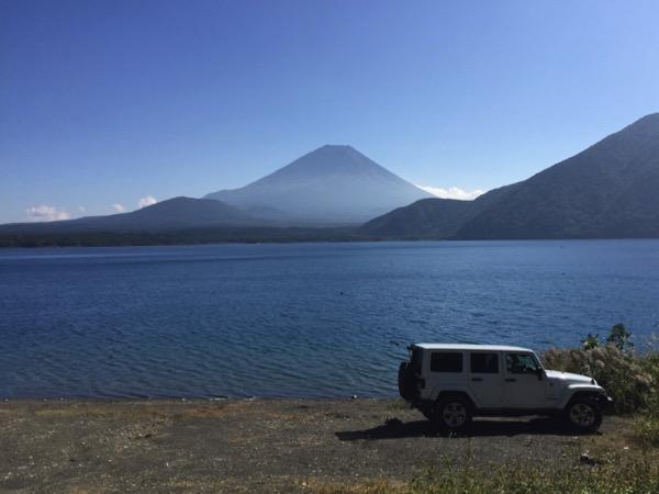 ジープ 本栖湖