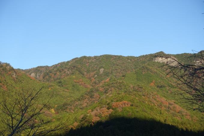 キャンプ 山の景色