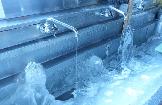 キャンプ場 水道凍結