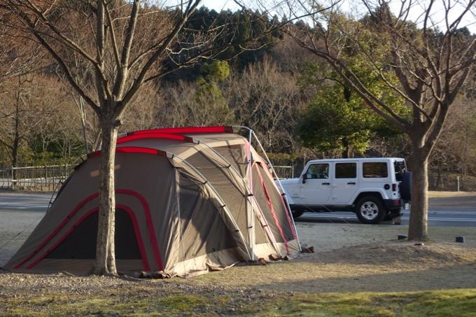 冬キャンプ リビングシェルロング