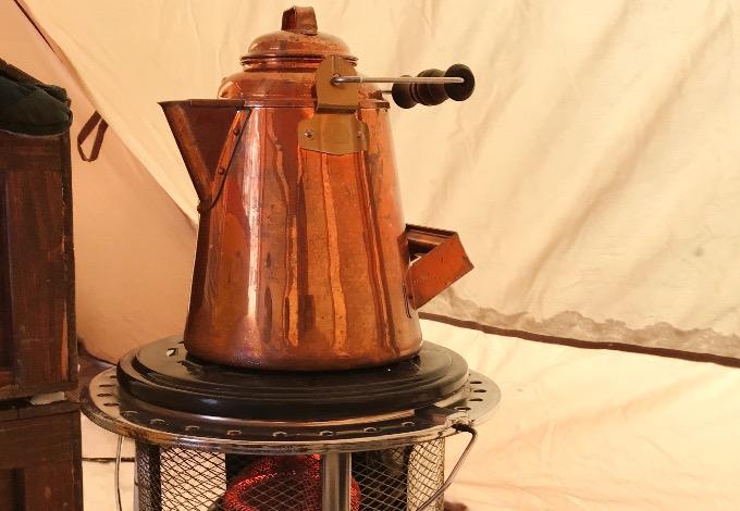 グランマーコッパーケトルと灯油ストーブ