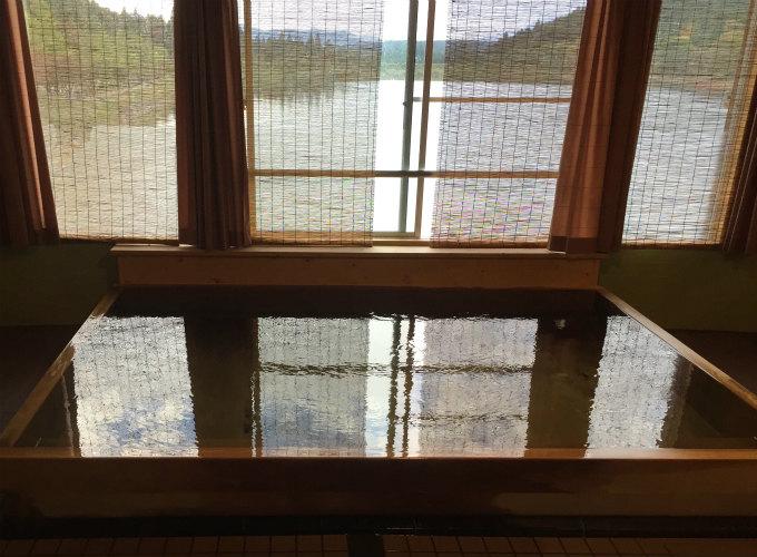 椛の湖オートキャンプ場大浴場