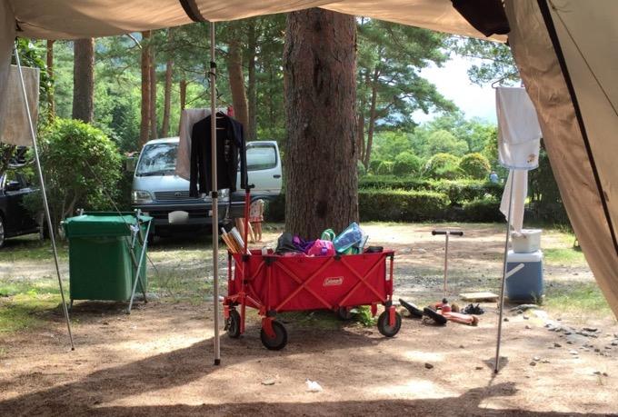 コールマンアウトドアワゴンとキャンプ場