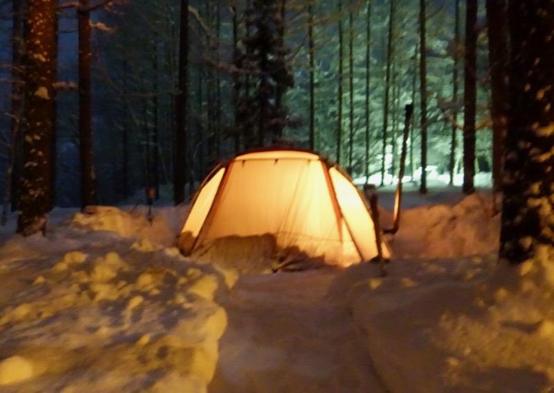 冬キャンプ 夜