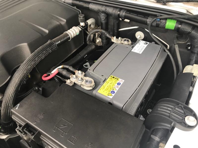ジープラングラー バッテリー交換