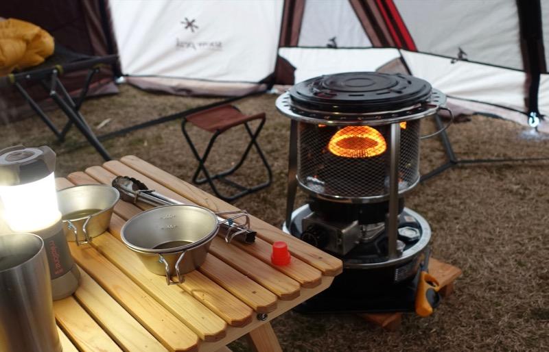 キャンプ 灯油ストーブ