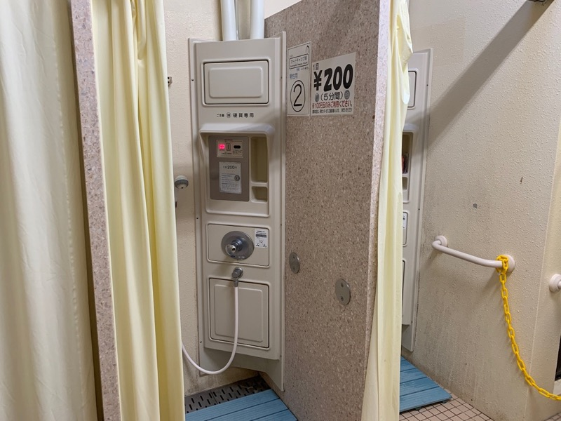 石見海浜公園キャンプ場 温水シャワー室