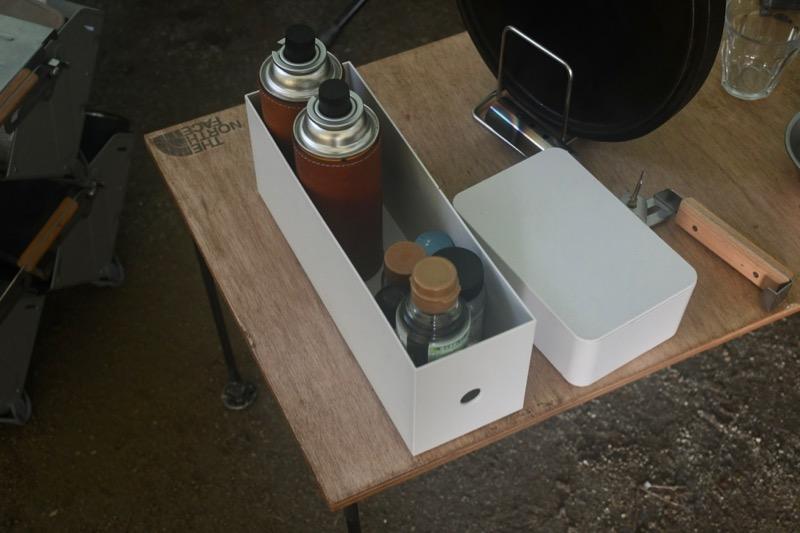 キャンプで使うポリプロピレンファイルボックス