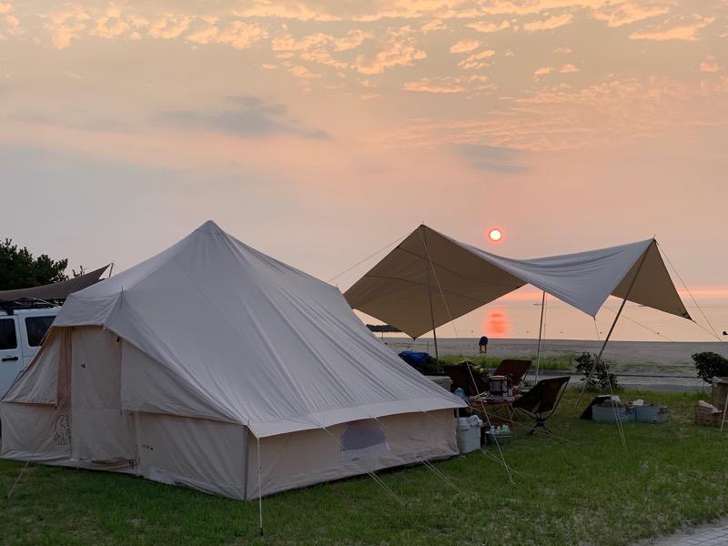 キャンプ 夕日